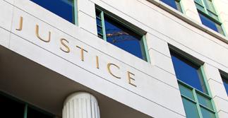 QUOTI-20160530-UNE-justice.jpg