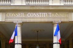 QUOTI-20151020-UNE-droit-cession-titres-fiscalite-complement-prix-cautionnement.jpg