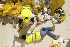 QUOTI-20151021-UNE-droit-travail-accident-indemnite-perte-emploi.jpg