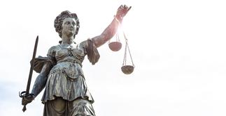 quoti-20200306-jurisprudence-social-fl-e87067e1-7941-b3b5-5dd5-5c6a94d65a4f.jpg